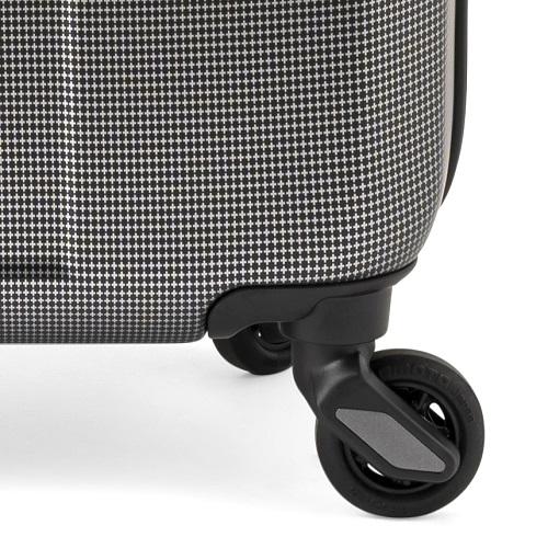 [1-3泊] イノベーター 38L ブラッククロスカーボン 4輪 innovator