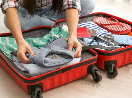 対応策 現地で使用し、持ち帰りする必要のない衣類等を入れて、スーツケース内の空洞をできる限り無くします。