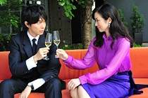 映画「セカンドバージン」 長谷川博己さん 鈴木京香さん